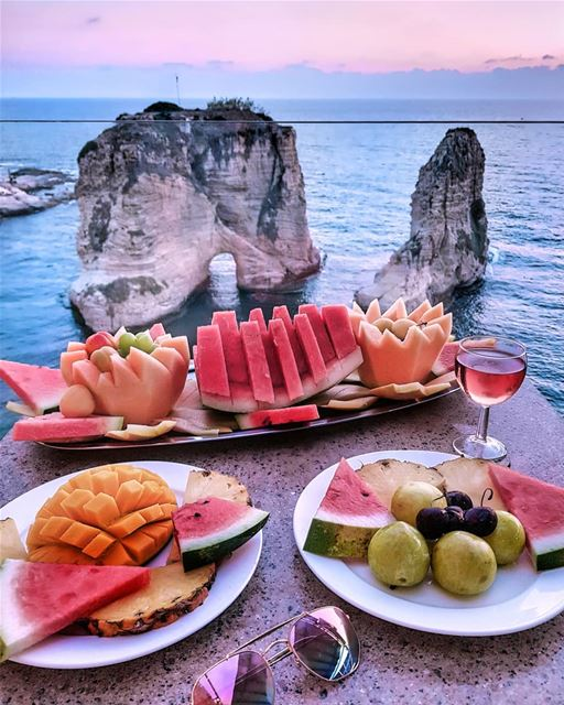 Beirut City Rocks! 💖💜💖 Wishing you all a fruitful Sunday 🍉🍍🍉🍍🍉..... (Beirut, Lebanon)